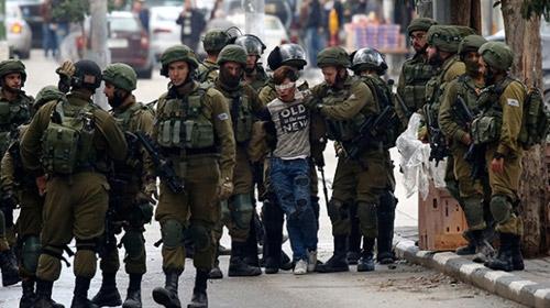 Filistinli çocuğun gözaltına alındığı görüntüler ortaya çıktı