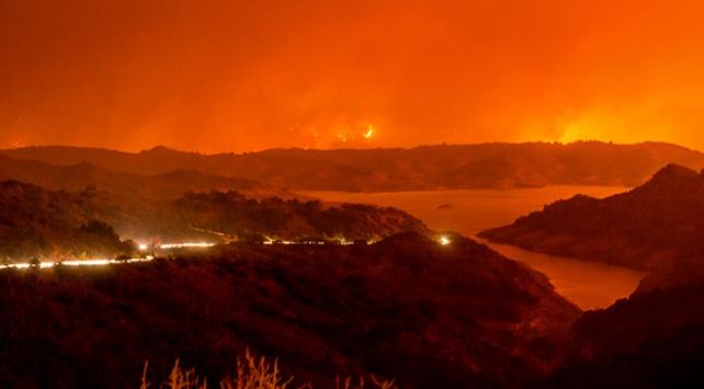 Kaliforniyadaki yangın bir haftadır söndürülemedi