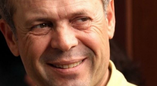 Ünlü yönetmen Uzun, evinde ölü bulundu