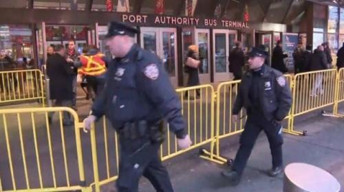 Manhattanda otobüs terminalinde patlama