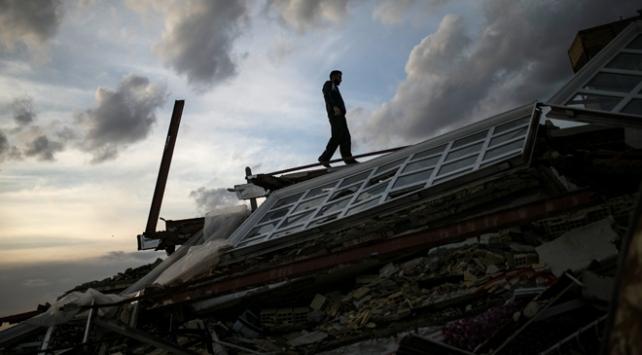 Irak-İran sınırındaki depremde ölü sayısı 620ye çıktı