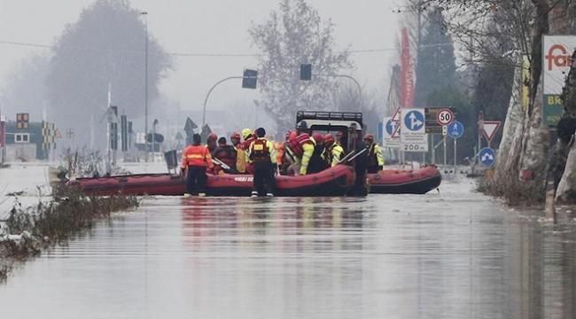 İtalyanın kuzeyinde sel hayatı felç etti