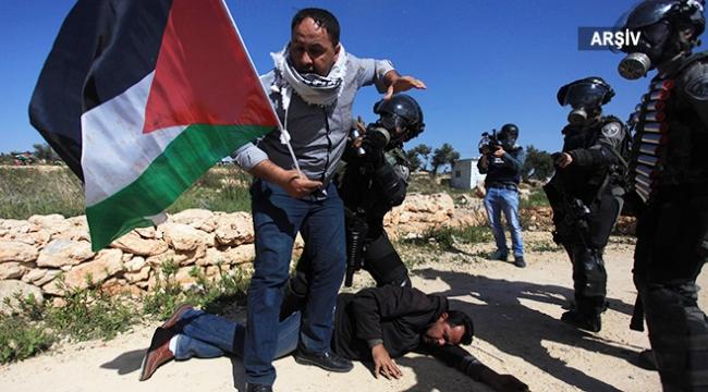 Batı Şeriadaki gösterilerde 18 Filistinli yaralandı