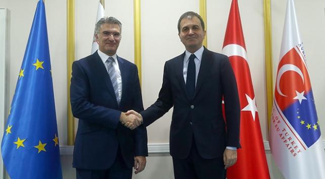 AB Bakanı Çelik, Malta Dışişleri Bakanı Abelayla görüştü