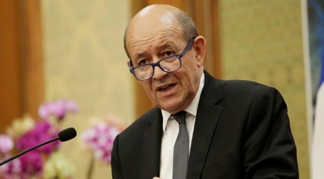 Fransa elçiliğini Kudüse taşıma niyetinde değil
