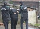 Uyuşturucu tacirleri pazarlık yaparken suçüstü yakalandı