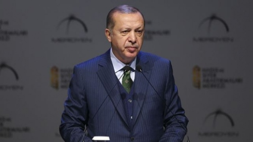 Cumhurbaşkanı Erdoğan: Müslümanları çökertmeyi hedefleyen saldırılara karşı uyanık olmalıyız
