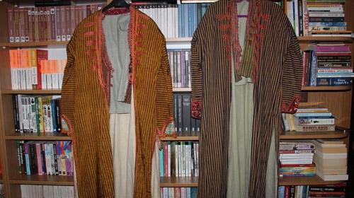 200 yıllık ipek gelinliği 3 kuşak giydi