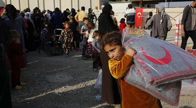 Türk Kızılayı yardımlarıyla Musullu sığınmacıları yalnız bırakmıyor
