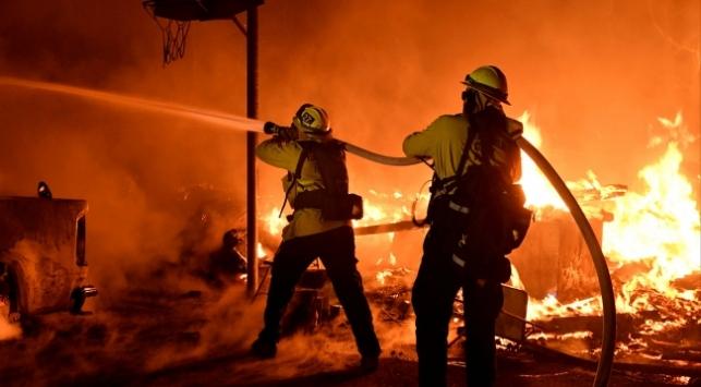 Kaliforniyadaki orman yangını tarihe geçti