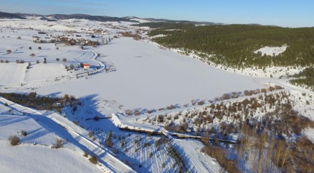 Kar manzarası drone ile görüntülendi