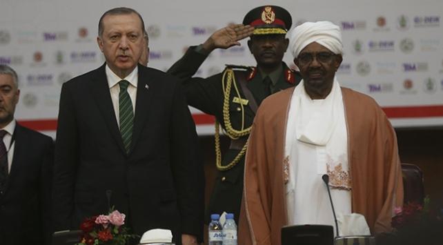 Sudandan Mısır basınında çıkan eleştirilere tepki: Türkiye ile yakınlaşmanın bedelini ödemeye hazırız