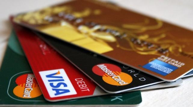 Kredi kartı işlemlerindeki azami faiz oranlarında değişiklik
