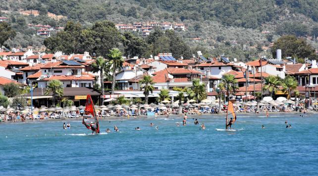 Yabancı turist sayısı 11 ayda yüzde 27,7 arttı