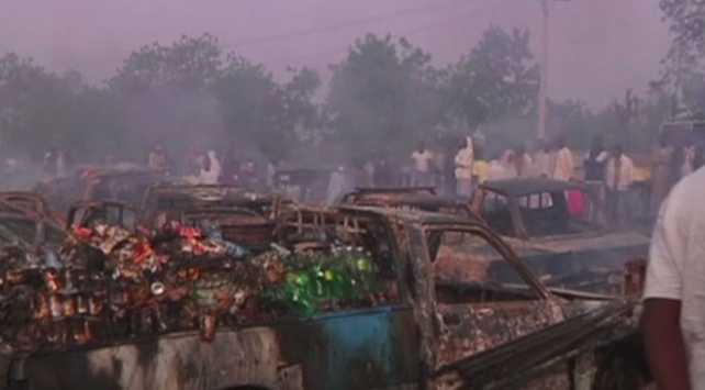 Nijeryada kiliseden çıkanlara silahlı saldırı düzenlendi: 21 ölü, çok sayıda yaralı var
