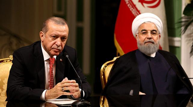 Cumhurbaşkanı Recep Tayyip Erdoğan, İran Cumhurbaşkanı Ruhani ile görüştü