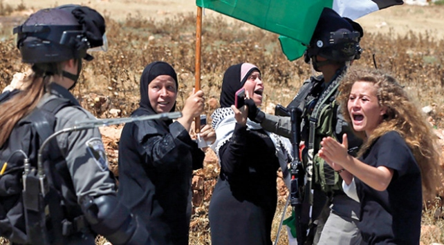 Filistinde cesur kız Ahed Temimi için kampanya