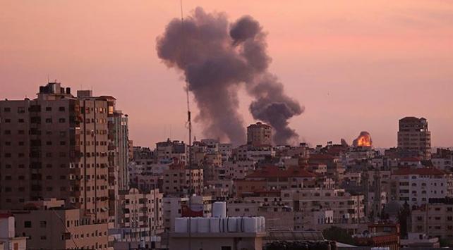 İsrail savaş uçaklarından Gazzeye saldırı