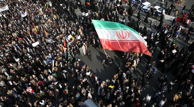 Tahran borsasında son bir yılın en sert düşüşü