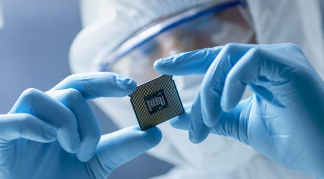 Intel ve diğer firmaların ürettiği hatalı çiplerden Apple da etkilendi