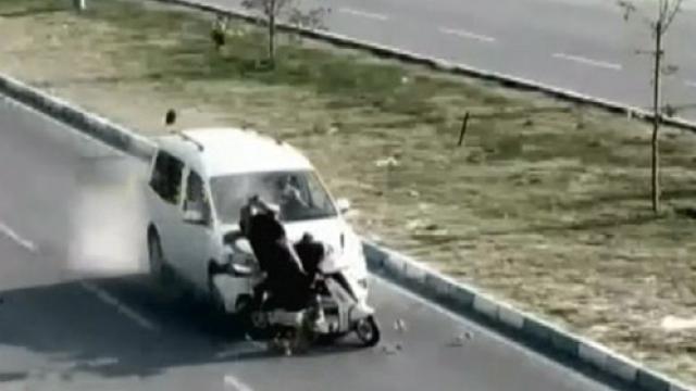 MOBESE'lere yansıyan kaza görüntüleri