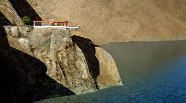 Türkiyenin en uzun cam terası yapılıyor