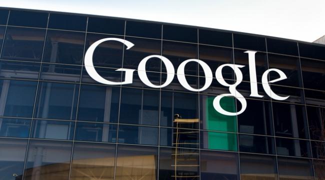 """Eski çalışanından Googlea """"ayrımcılık"""" suçlaması"""