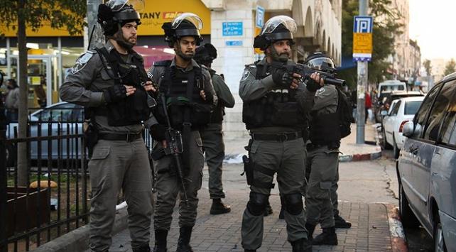 İsrail polisi Mescid-i Aksayı ziyaret eden bir Türk vatandaşını gözaltına aldı