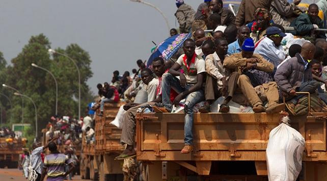 Orta Afrikada çatışmalar nedeniyle 90 bin kişi yerinden oldu