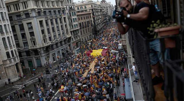 Tutuklu Katalan parlamenterlerle ilgili yeni karar