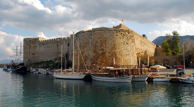 Kıbrısın zaman tüneli: Girne Kalesi