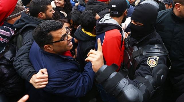 Tunusta hayat pahalılığı protestolarında gözaltı sayısı artıyor