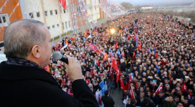 Cumhurbaşkanı Erdoğan: Siz kaçacaksınız, biz kovalayacağız bu milleti bölemeyeceksiniz