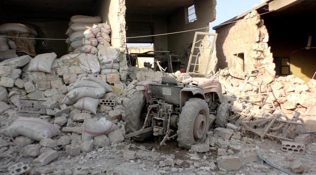 İdlibdeki saldırılarda 14 kişi öldü
