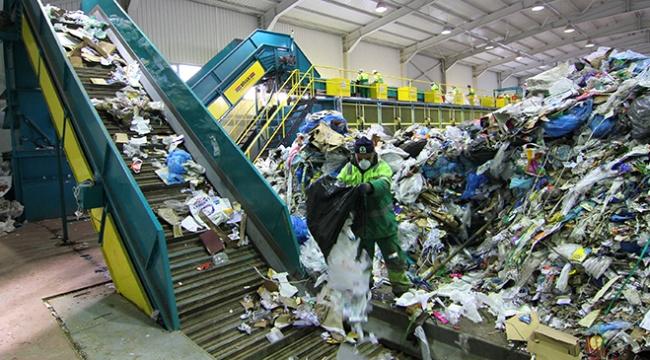 Çöpten 2 milyar liranın üzerinde gelir elde ediliyor