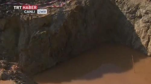 İzmirde iki kardeş çukurda boğuldu