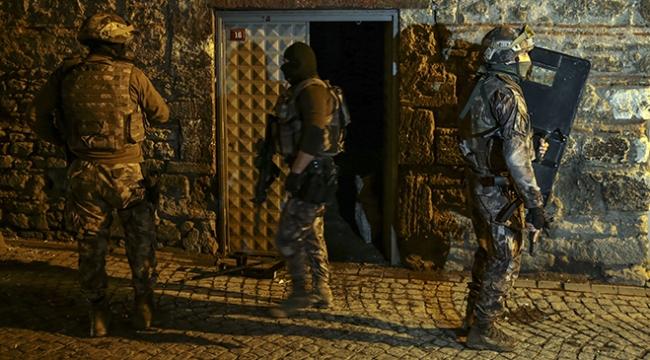 İstanbulda eş zamanlı uyuşturucu operasyonu