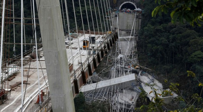 Columbiada köprü inşaatı çöktü: 9 ölü, 8 yaralı
