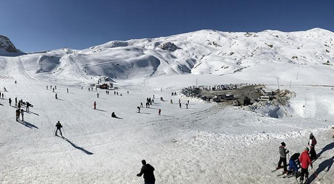 Hakkariye 5 bin kişilik kayak tesisi yapıldı