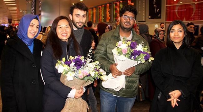 Myanmarda alıkonulan TRT World ekibi Türkiyeye geldi