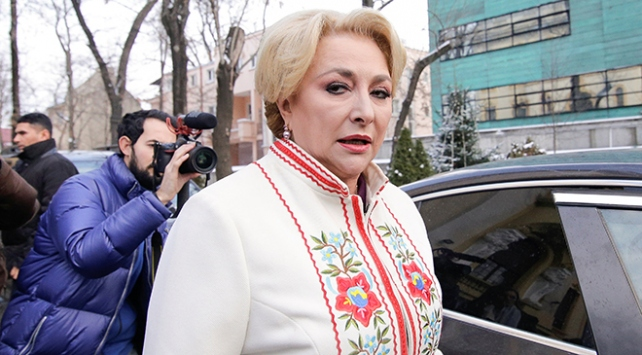 Viorica Dancila Romanyanın ilk kadın Başbakanı oldu