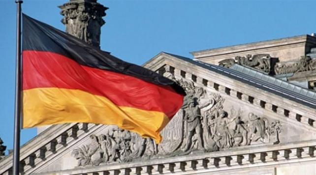 Almanyanın büyüme tahmini düşürüldü