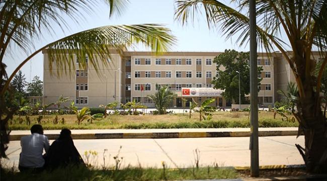 Somalideki Recep Tayyip Erdoğan Hastanesi şifa dağıtıyor