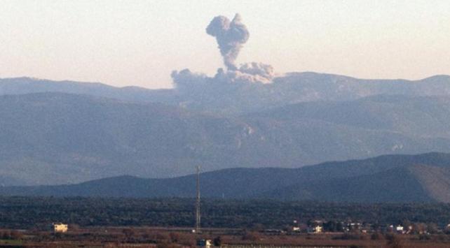 TSK, Afrini obüslerle bombardımana tutuyor