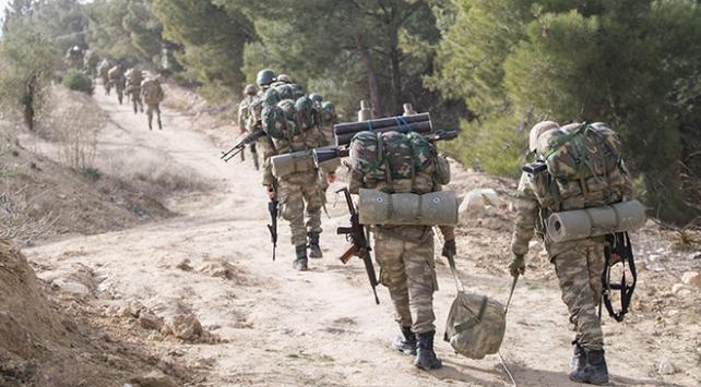 Afrinden acı haber geldi: Bir asker şehit oldu