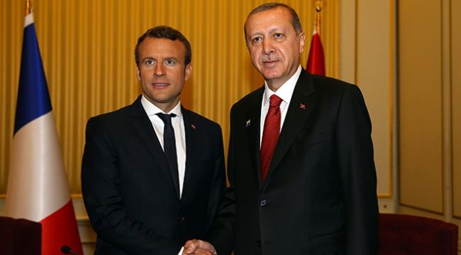Cumhurbaşkanı Erdoğan, Fransız mevkidaşı Macron ile Afrini görüştü