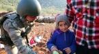 Mehmetçikten Suriyeli ailelere yardım eli