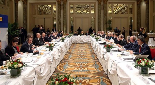 Cumhurbaşkanı Erdoğan, İtalyanın önde gelen şirketlerinin yöneticileriyle buluştu