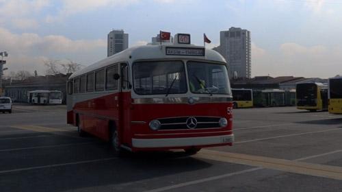 Troleybüs, İstanbul için nostalji, onun için direksiyonda geçen yılların anılar demek
