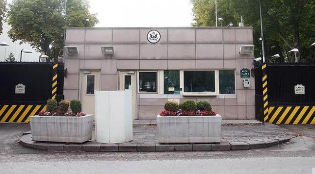Ankarada ABD Büyükelçiliğinin önündeki caddenin adı Zeytin Dalı oluyor